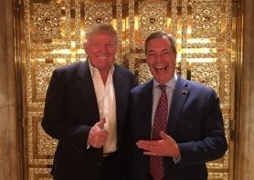 El presidente de EEUU, Donald Trump, y Nigel Farage, ex líder del partido defensor del Brexit.
